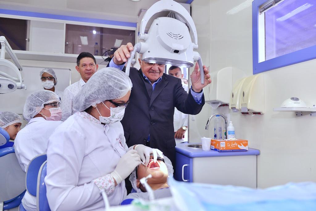 Governador José Melo lança programa de saúde odontológica para estudantes durante Encontro de Gestores das escolas públicas da rede estadual