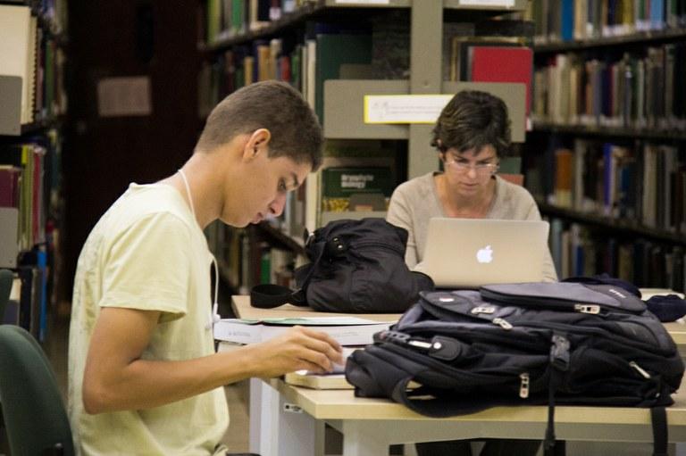 MEC assina acordo para reforçar intercâmbio entre universidades