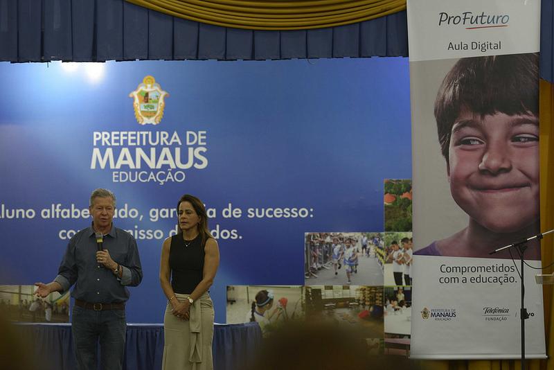 Manaus recebe iniciativa pioneira com uso de novas tecnologias na educação