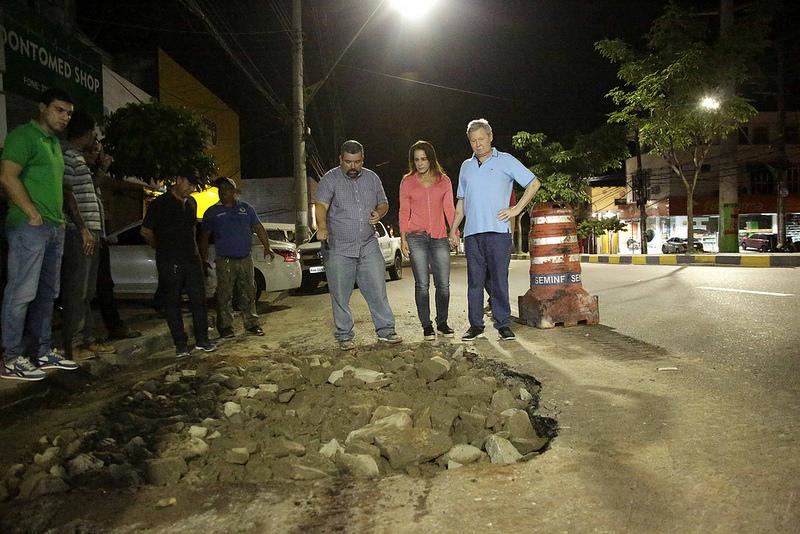 Arthur Neto acompanha trabalhos das equipes noturnas da prefeitura
