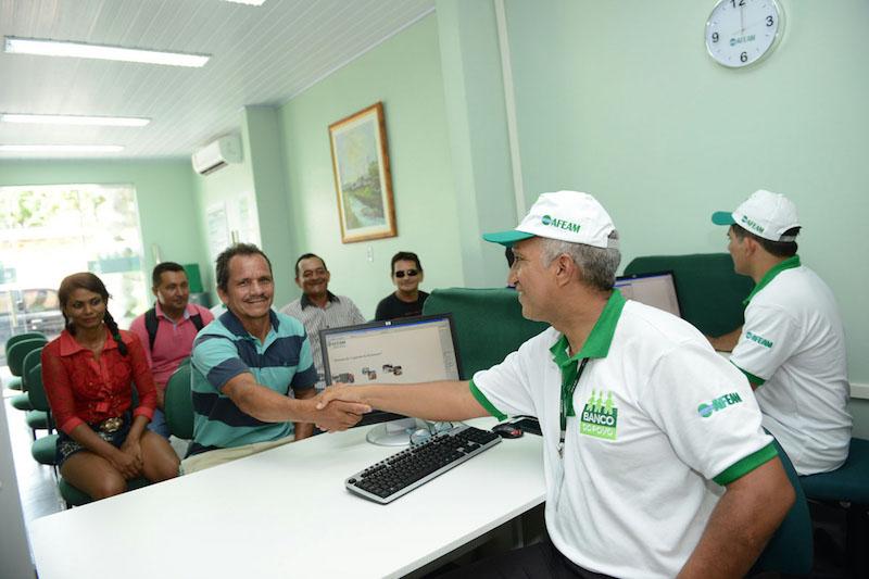 Banco do Povo da Afeam amplia atendimento exclusivo em comunidades rurais com ação em Parintins