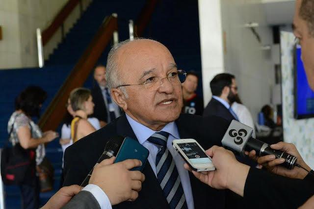 Promoções na PM e escalonamento da PC serão publicados em 30 de junho, garante governador José Melo