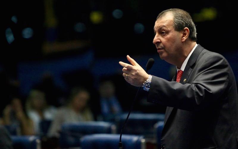 Omar Aziz é o parlamentar do Amazonas com mais emendas liberadas
