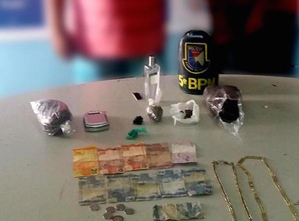 Policia prende dupla por tráfico de drogas em Coari