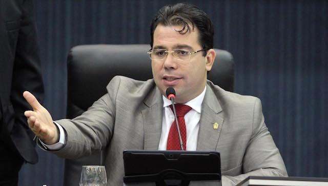 Procuradoria da Câmara vai orientar parlamentares sobre vedações eleitorais.