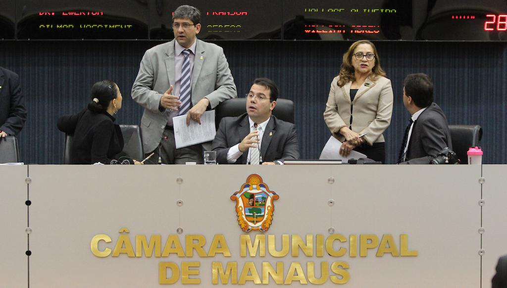 Câmara realiza Sessão Pública para prestação de contas de 2016 da Prefeitura de Manaus, nesta sexta