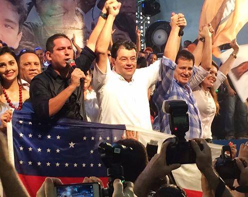 Marcelo Ramos (PR) foi  parar no colo de  Eduardo Braga (PMDB)