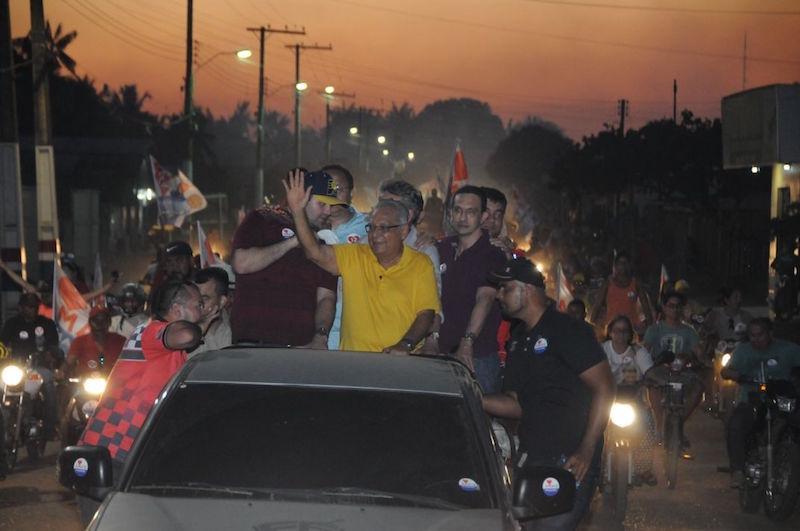 Eirunepé faz festa e vai às ruas para ver Amazonino