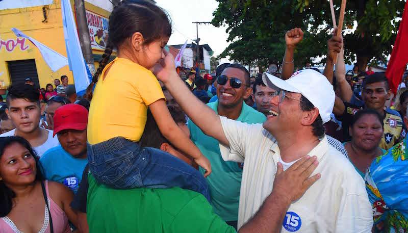 Eduardo Braga visita mais cinco municípios do Amazonas