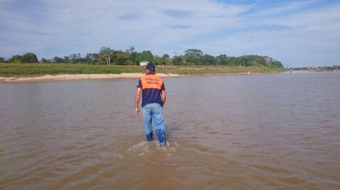 Defesa Civil do Amazonas realiza avaliação técnica nas calhas afetadas pela estiagem