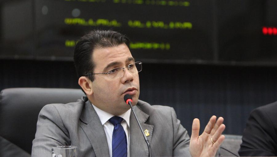 Wilker Barreto repudia ato de apoio em Manaus ao presidente da Venezuela