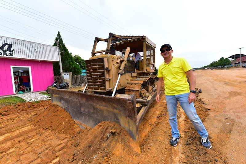 Governador fiscaliza execução de obras em Manicoré e Humaitá