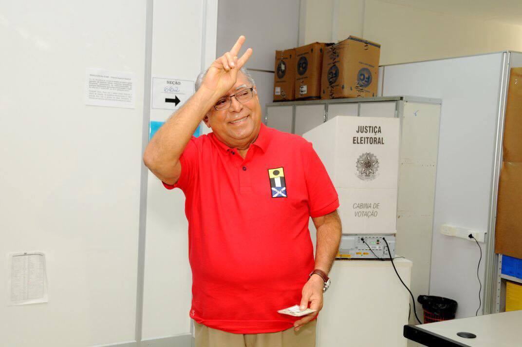 """Amazonino: """"Temos um dever de restaurar a dignidade política do estado"""""""